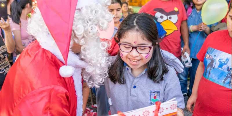 Santa greeting children